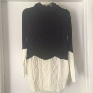 NWOT AQE half cable knit sweater L